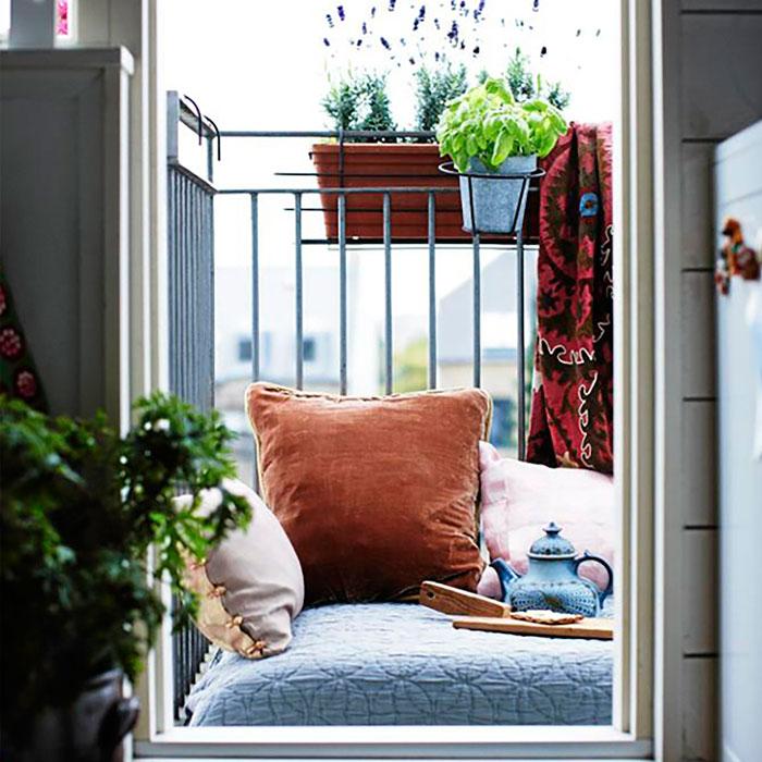 leer-en-la-terraza pequeña